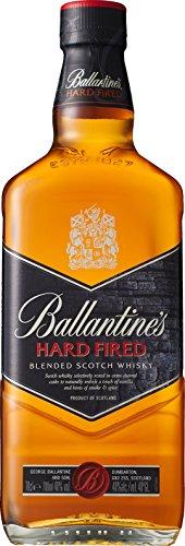 Ballantines Hard Fired Blended Scotch Whisky – Hard fired Whisky aus doppelt ausgebrannten Eichenfässern für einen besonders rauchig & würzigen Geschmack – 1 x 0,7 L - 1